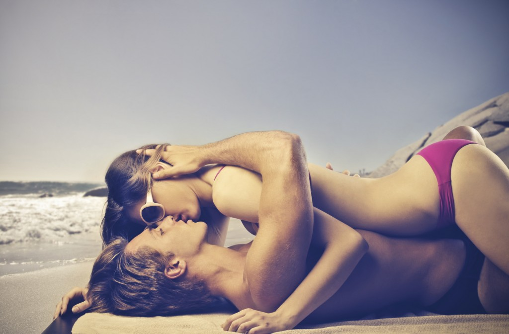 Kiss on the seashore