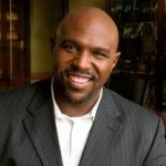 106: Chris Hogan: What Makes a Leader?
